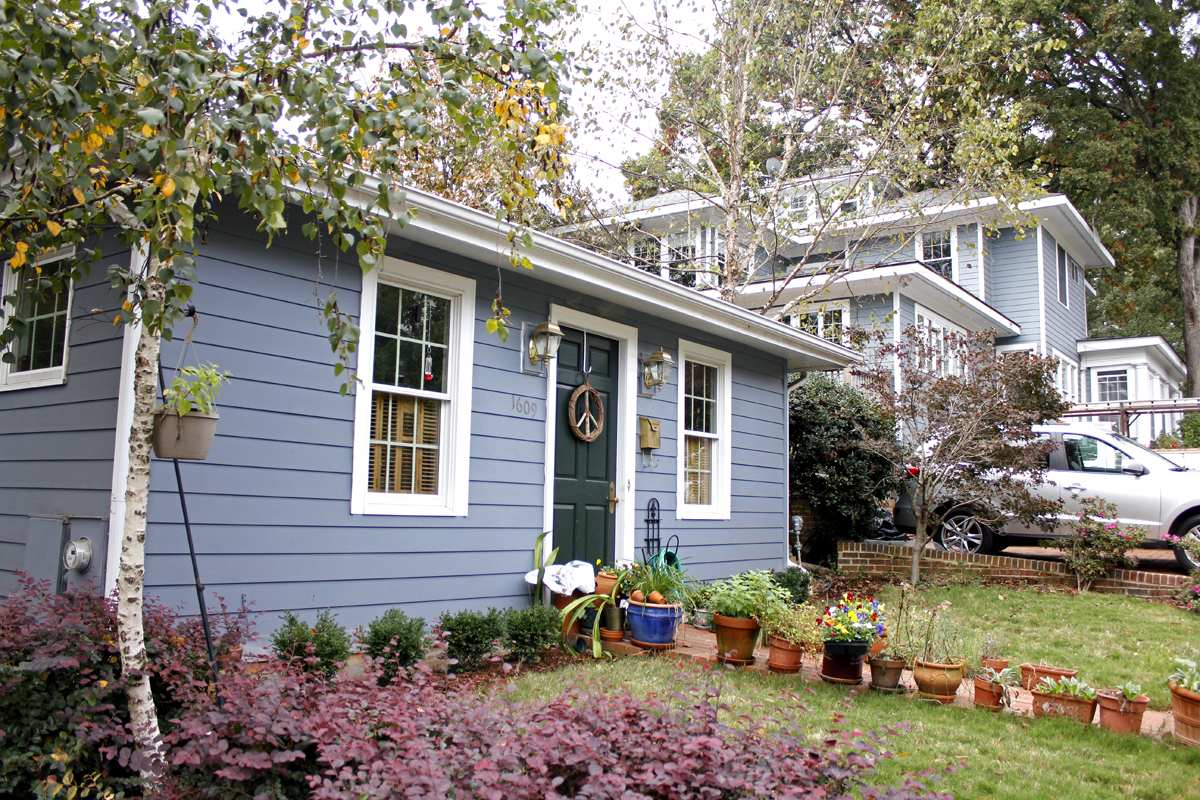 Accessory dwelling unit intentionally small for Granny flat above garage