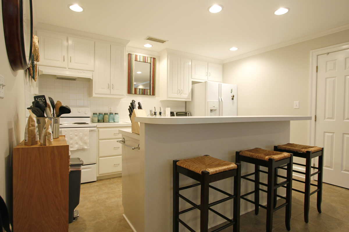 Katherine and Brents 960 sqft Accessory Apartment 05