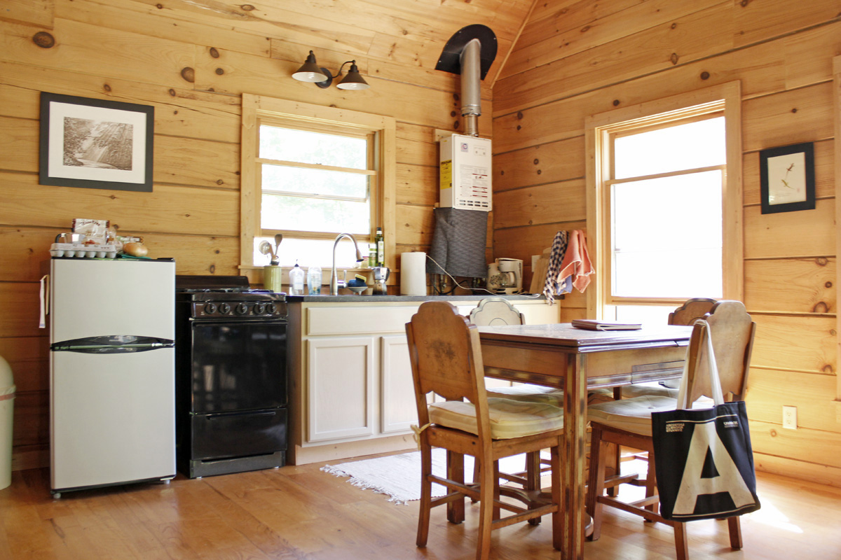 830 sqft Cabin in the Woods 06 Intentionally Small